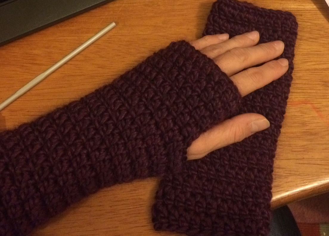 solid-colour-mitts
