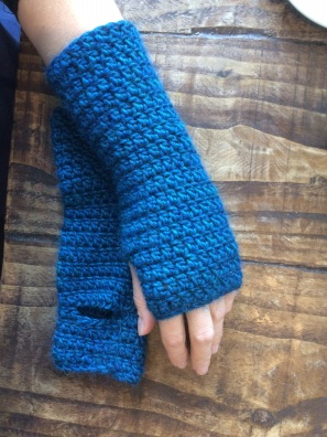 mitts-blue